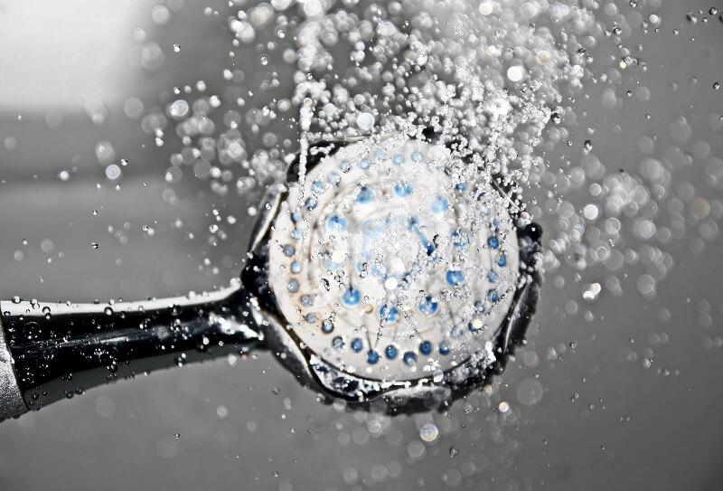 elegir ducha ahorro agua