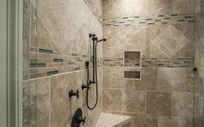 Tipos de azulejos para el baño y cómo elegirlos